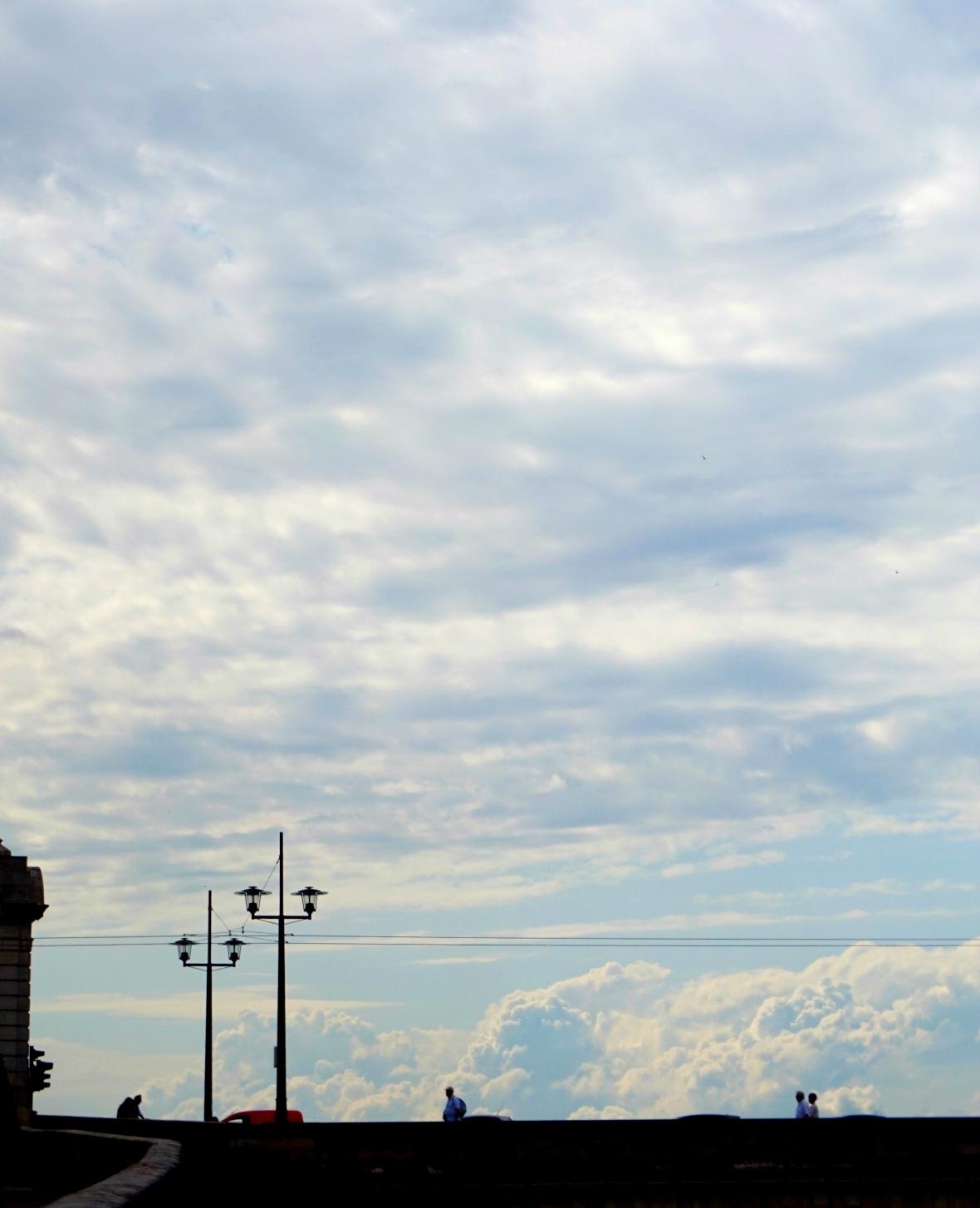 paseo por las nubes 9