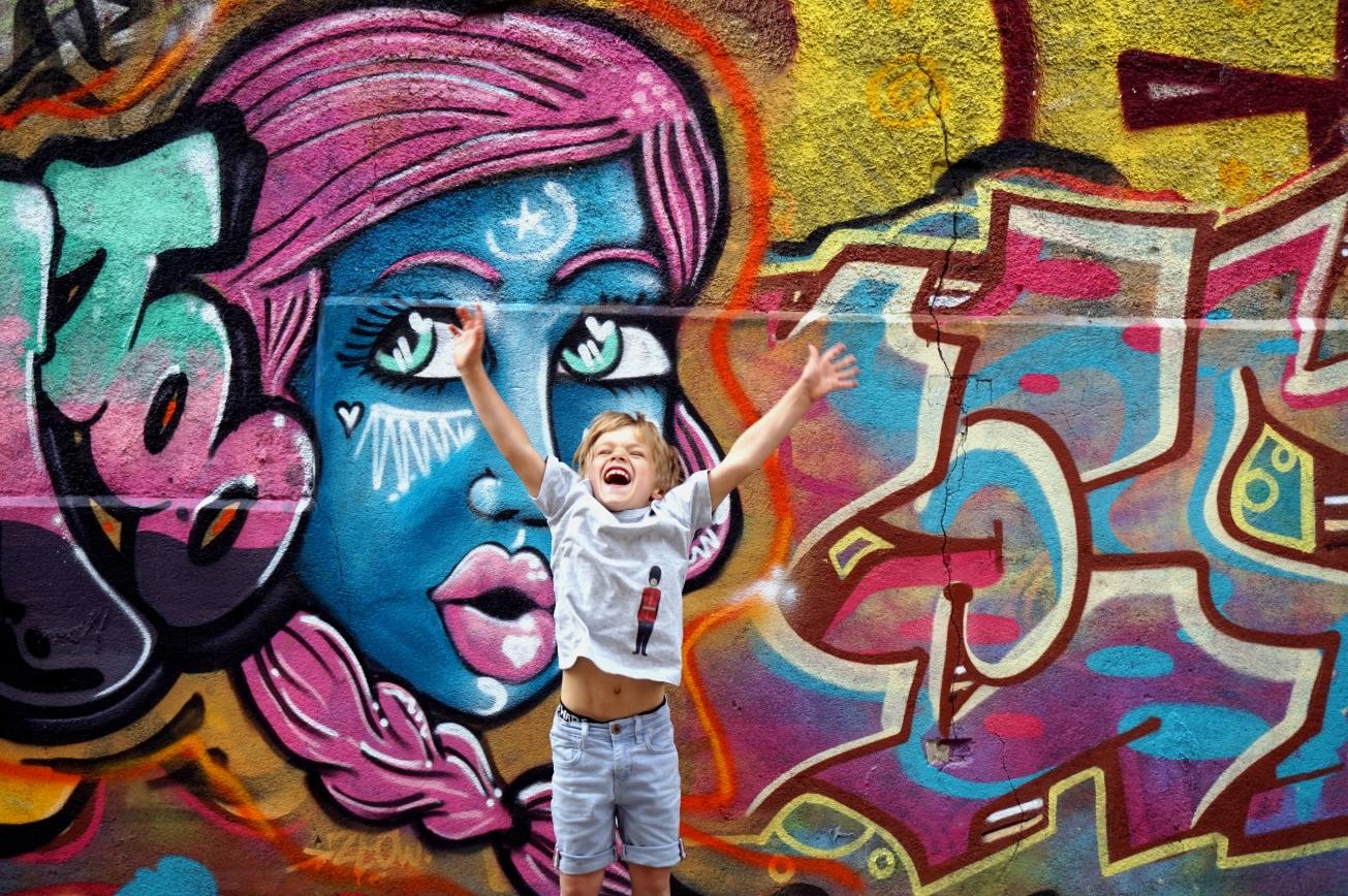ma petite tribu grafiti 3.jpg
