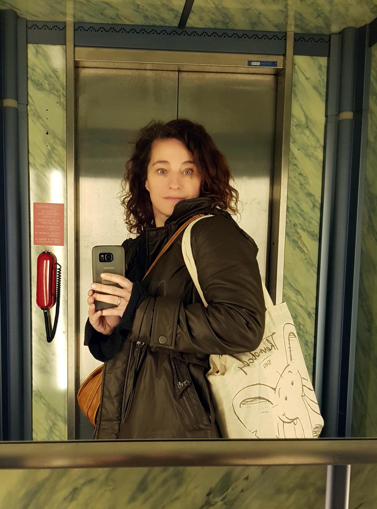 _ma petite tribu on the lift 5.jpg