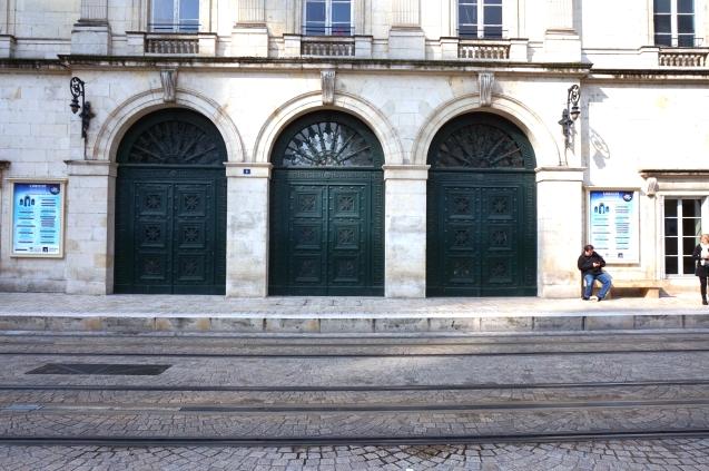 puertas del conservatorio